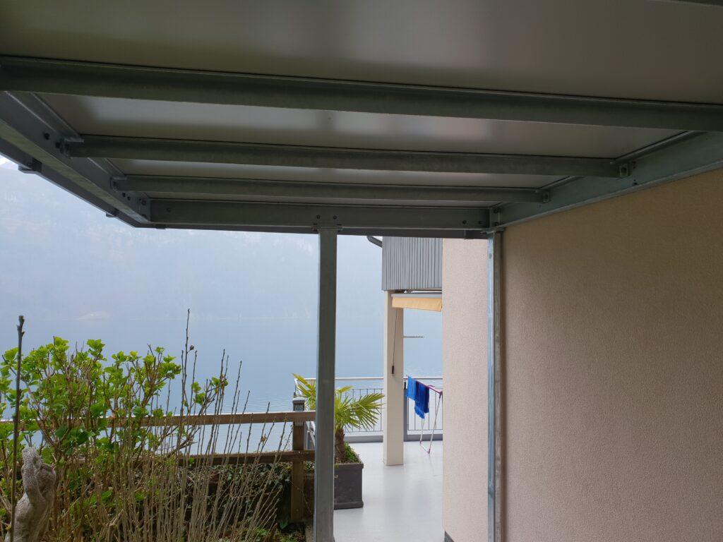 Balkonvorbau Stahl einbrennlackiert